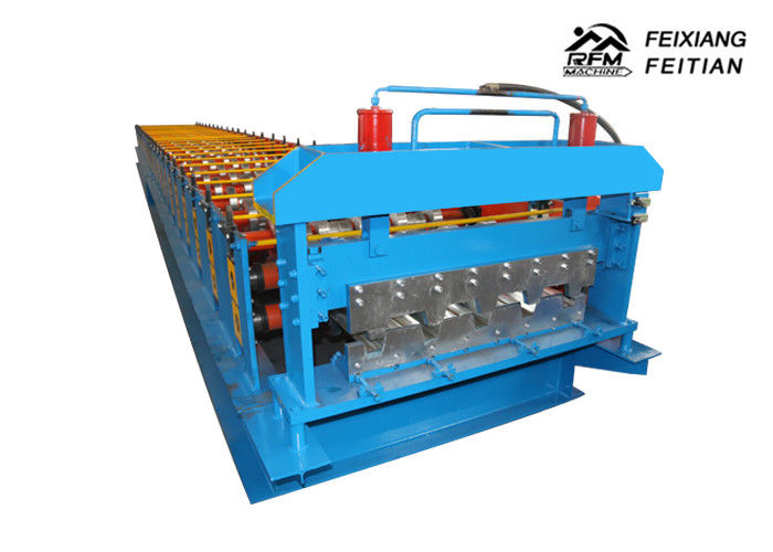 Professional Metal Deck Roll Forming Machine With 0.8 - 1.2mm Thickness